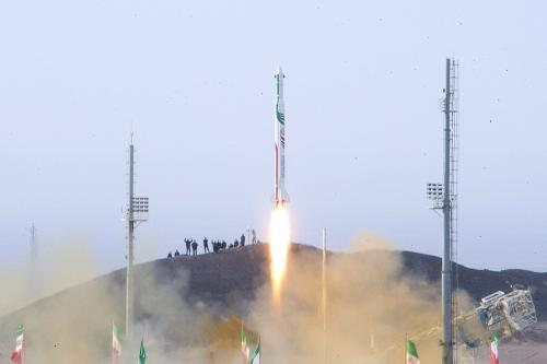 A picture obtained on December 14, 2013 from Iran's ISNA news agency allegedly shows the launch of the Pajohesh (research) rocket [AFP/Getty Images]