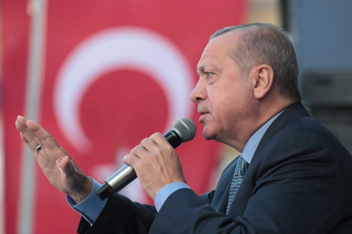 President of Turkey and the leader of Turkey's ruling Justice and Development (AK) Party Recep Tayyip Erdogan addresses the crowd during a rally in Yenimahalle district of Ankara, Turkey on 14 March 2019. [TURKISH PRESIDENCY / MURAT CETINMUHURDAR / HANDOUT - Anadolu Agency]