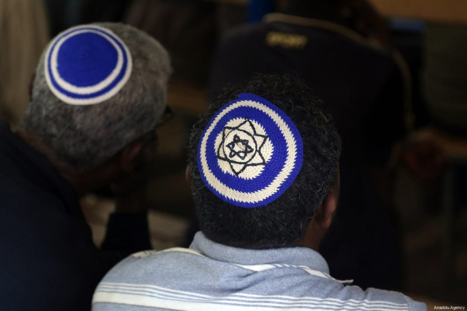 Ethiopian Jews gather for a solemn collective prayer at a small synagogue on 23 February 2019 [Minasse Wondimu Hailu/Anadolu Agency]