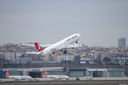 Turkish Airlines passenger plane takes off at Ataturk Airport in Istanbul, Turkey on 22 March 2019. [İsa Terli - Anadolu Agency]