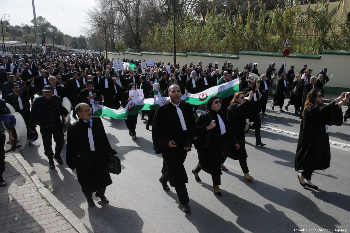 Algerian lawyers stage a protest march against the candidacy of President Abdelaziz Bouteflika for a fifth term in Algiers, Algeria on 7 March 2019 [Farouk Batiche/Anadolu Agency]