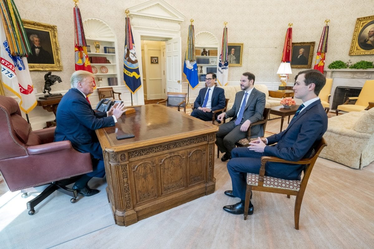 Turkish Minister of Treasury and Finance Berat Albayrak (2nd R) attends a meeting with U.S. President Donald Trump (L), US Secretary of the Treasury Steven Mnuchin (3rd R) and US president Donald Trump's senior adviser Jared Kushner (R) in Washington, United States on April 15, 2019. [TURKISH MINISTRY OF TREASURY AND FINANCE / HANDOUT - Anadolu Agency]