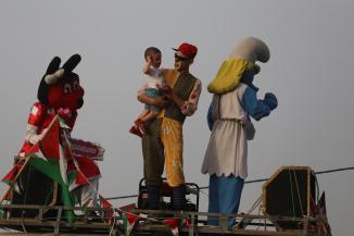 Palestinians celebrate Eid Al-Fitr [Mohammed Asad/Middle East Monitor]