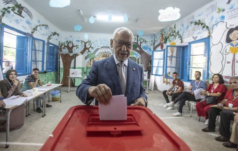 Leader of the En-Nahda Movement Rached Ghannouchi casts his vote at a polling station during the presidential elections in Tunis, Tunisia on September 15, 2019. ( Nacer Talel - Anadolu Agency )