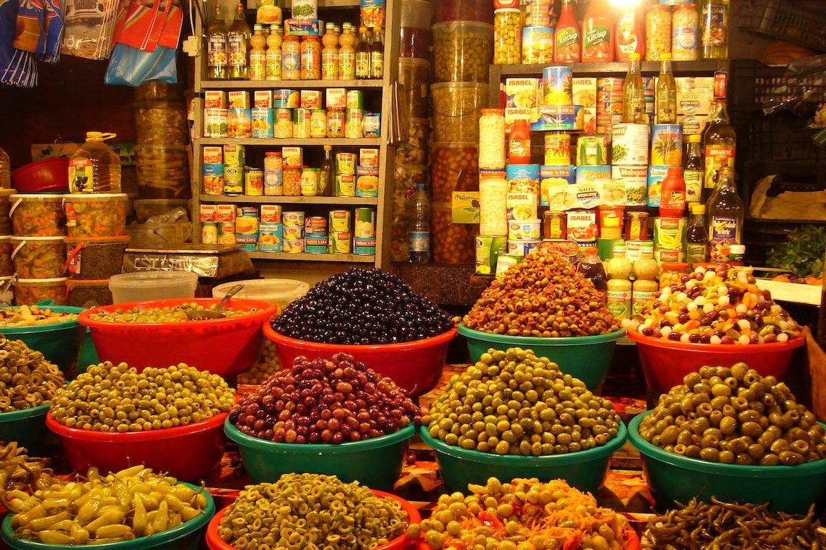 Algerian market [Wikipedia]