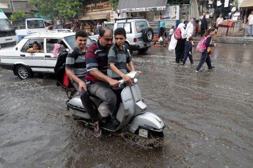 Heavy rain in Cairo, Egypt [Twitter]