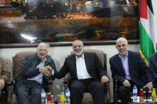 Hamas met with Palestinian factions and the head of the Central Election Committee and informed them they were ready for elections on 28 October 2019 [Mohammed Asad/Middle East Monitor]