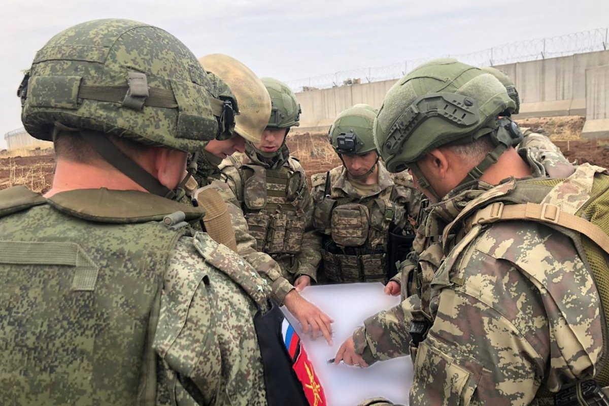 Turkish and Russian troops carry out the 12th joint ground patrols in the east of Euphrates, between Qamishli-Derik on 30 November 2019. [TURKISH NATIONAL DEFENSE MINISTRY / HANDOUT - Anadolu Agency]