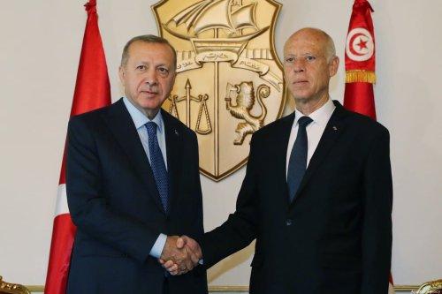 President of Turkey, Recep Tayyip Erdogan (L) and Tunisian President Kais Saied (R) meet in Tunis, Tunisia on 25 December 2019. [Turkish Presidency / Murat Cetinmuhurdar / Handout - Anadolu Agency]
