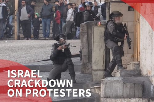 Thumbnail - Israel forces attack protesters in Hebron