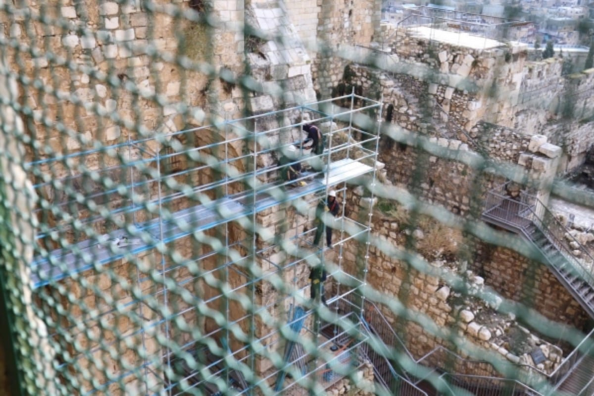 Israel carries out renovation of southern wall of Al-Aqsa Mosque [Twitter]