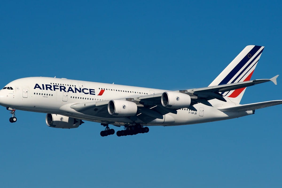 Air France plane on 23 November 2012 [Wikipedia]