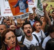 Turkey acquits Gezi Park protestors, re-arrests activist after release