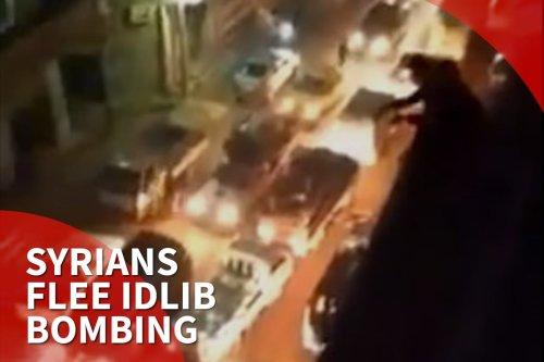 thumbnail - Syrians flee regime bombing of Idlib