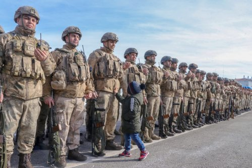 Commandos seen off by their relatives ahead of their departure to join Turkey's 'Operation Spring Shield', on 5 March 2020 in Turkey's Van province. [Mesut Varol - Anadolu Agency]