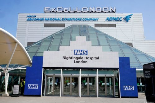 An outside view of the newly built Nightingale Hospital London for Covid-19 at the Excel in London, UK on 27 March 2020 [Andrew Parsons / 10 Downing Street/Anadolu Agency]