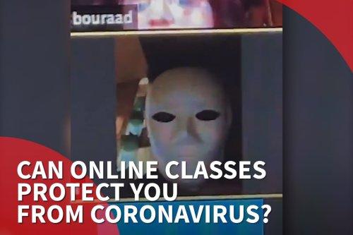 Thumbnail - Lebanese pupils mess around in online class