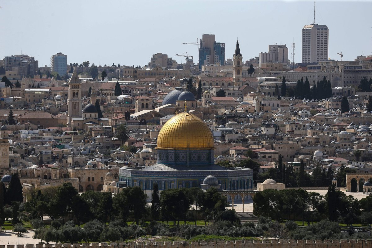 A view of Jerusalem's Dome of the Rock Mosque which is closed for worship on March 23 on April 3, 2020 [Mostafa Alkharouf/Anadolu Agency]