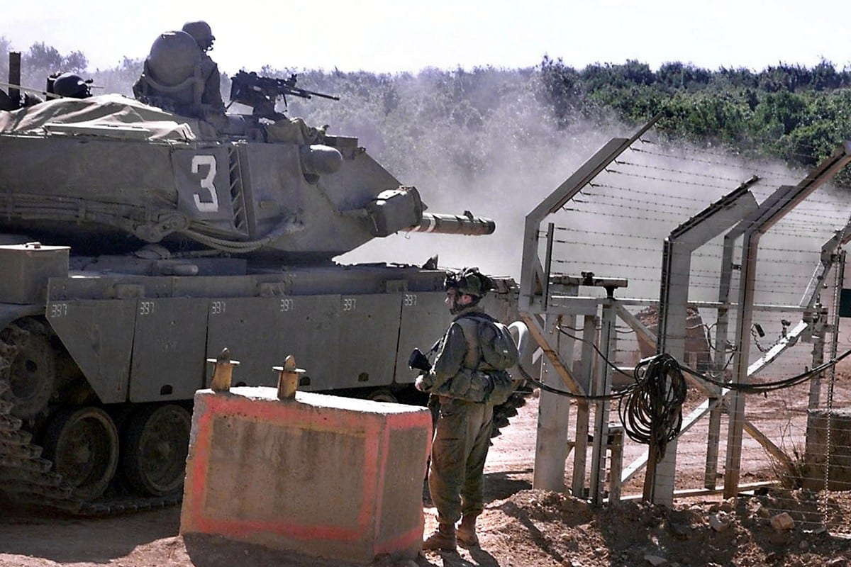 Israeli forces are seen near the Lebanon and Israel border following Israel's withdrawal from Lebanon on 22 May 2020 [AMIKAM HORESH/AFP via Getty Images]