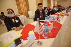 Students take part in the UN session to improve their negotiation skills and understanding of the international body, 24 June 2020 [Mohammed Asad/Middle East Monitor]