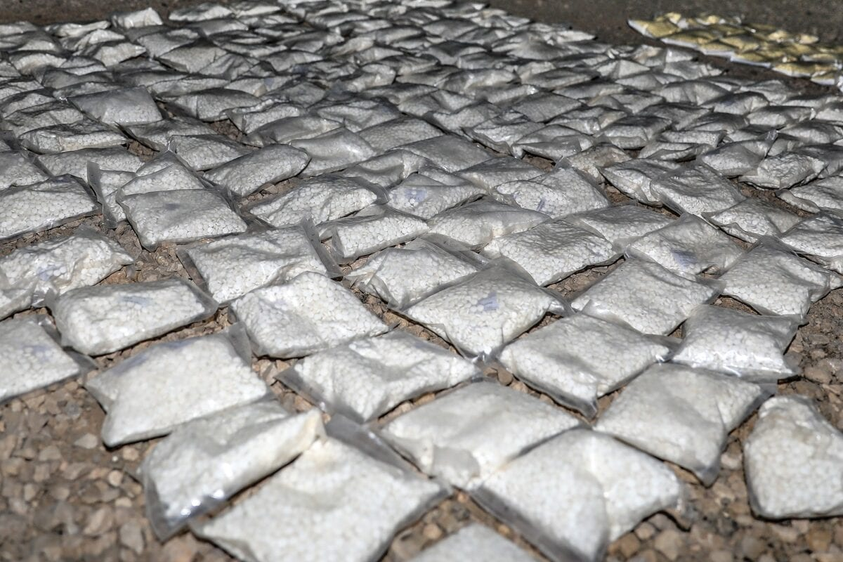 Over 127 plastic bags filled with an addictive drug called Captagon lie ready for destruction after being seized by US and Coalition partners in Southern Syria, May 31, 2018. [US Army/ WIkipedia]