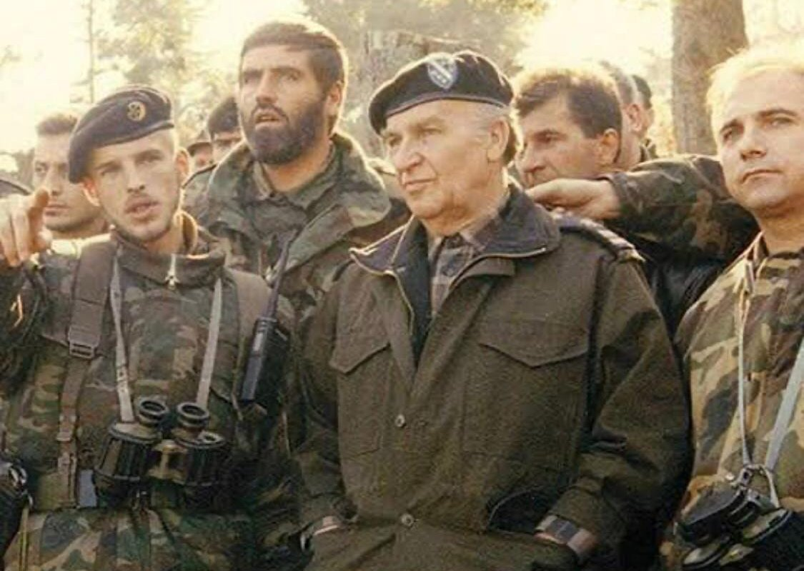 The first president of the Presidency of the newly-independent Republic of Bosnia and Herzegovina Alija Izetbegovic (1925-2003) and Colonel Serif Patkovic with the Army of Bosnia and Herzegovina [Patkovic's archieve]