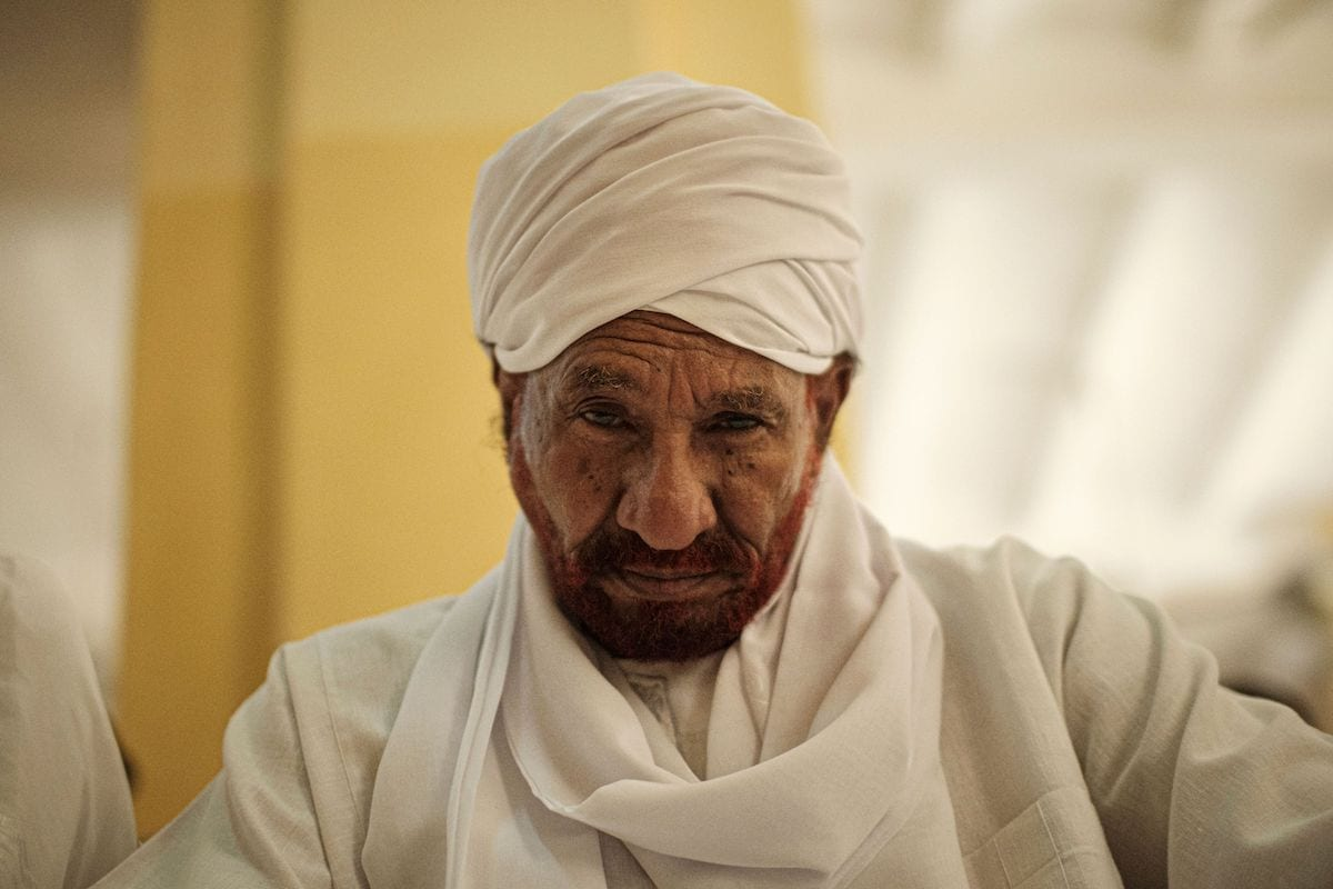 Sudanese top opposition leader and former premier Sadiq al-Mahdi attends Friday prayers at a mosque linked to his National Umma Party in Khartoum's twin city of Omdurman on 14 June 2019. [YASUYOSHI CHIBA/AFP via Getty Images]