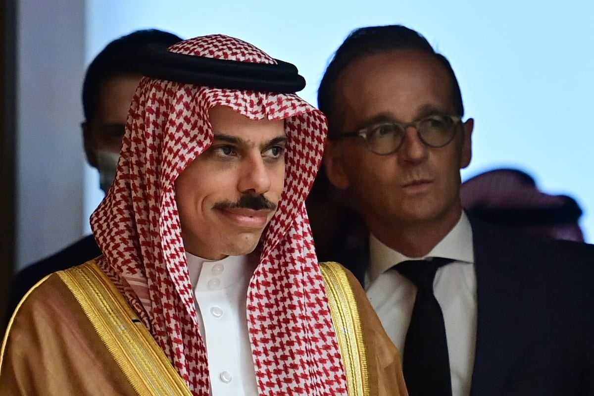 German Foreign Minister Heiko Maas (R) and Saudi Foreign Minister Prince Faisal bin Farhan Al-Saud arrive for a joint press conference in Berlin, on 19 August 2020. [JOHN MACDOUGALL/POOL/AFP via Getty Images]
