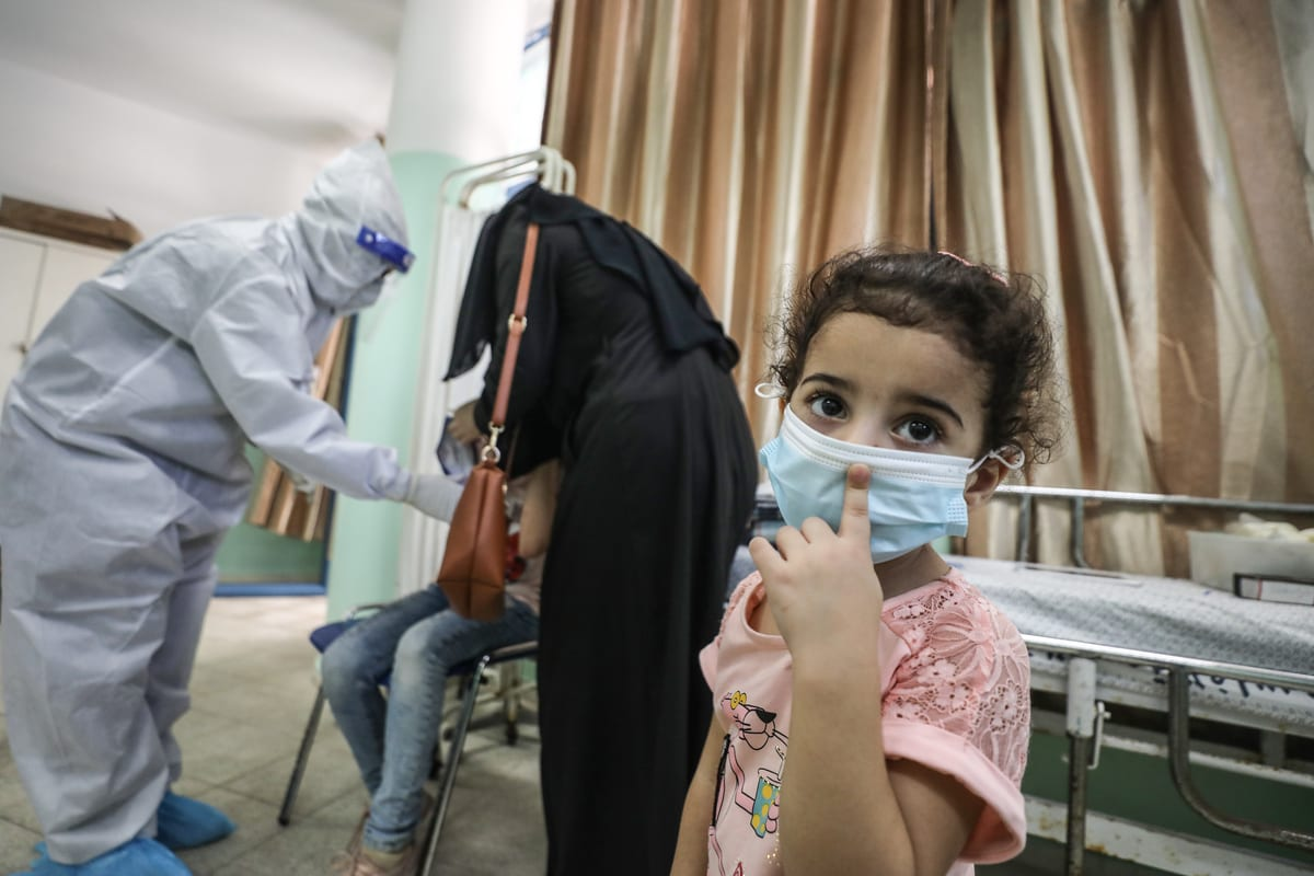 Coronavirus (Covid-19) testing centre in Gaza on 27 September 2020 [Ali Jadallah/Anadolu Agency]