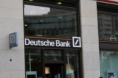 Deutsche Bank sign is seen on 24 August 2020 in Berlin, Germany. [Jeremy Moeller/Getty Images]