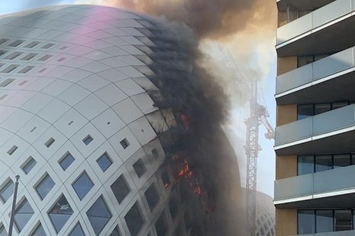 A fire broke out in the downtown district of Beirut this morning and was extinguished shortly after by firefighters [Screenshot]