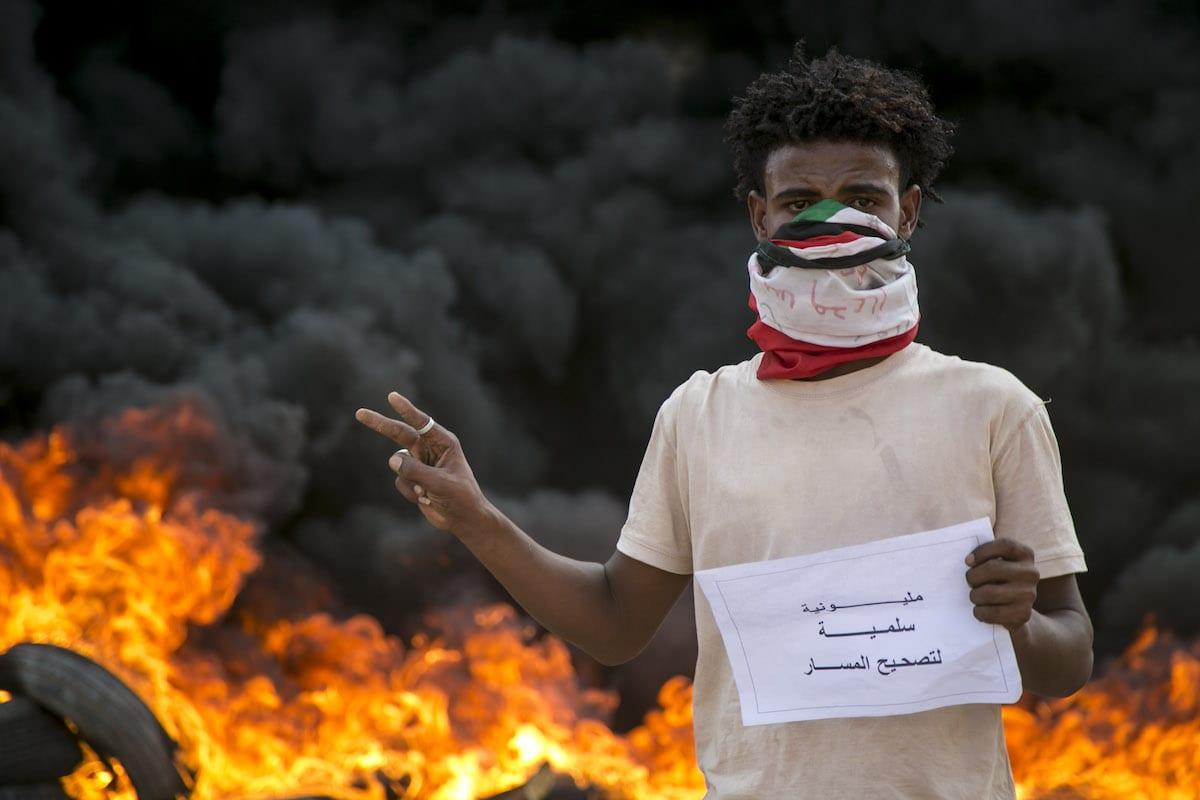 Trump announces Sudan normalising ties with Israel class=
