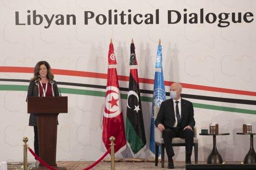 Tunisian President Kais Saied (R) and UN Deputy Special Representative for Political Affairs in Libya, Stephanie Williams make an opening speech during Libyan Political Dialogue Forum in Tunis, Tunisia on 9 November 2020. [Yassine Gaidi - Anadolu Agency]