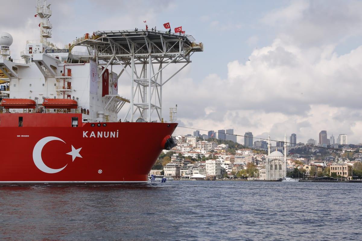 Turkey's third drillship Kanuni passes through Istanbul's Bosphorus Strait as it sets sail for Black Sea, in Istanbul, Turkey on November 13, 2020 [Celal Güneş/Anadolu Agency]