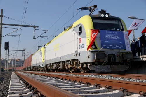 First export train carrying export products to China from Turkey on December 04, 2020 [Muhammed Enes Yıldırım/Anadolu Agency]