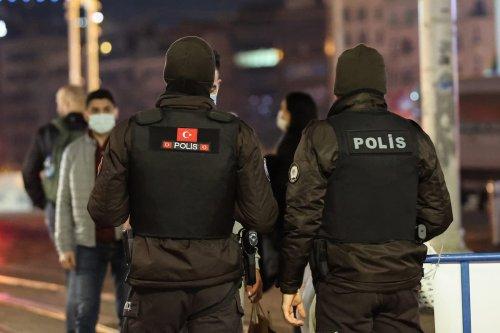 Turkish police in Istanbul, Turkey on 28 December 2020 [Esra Bilgin/Anadolu Agency]