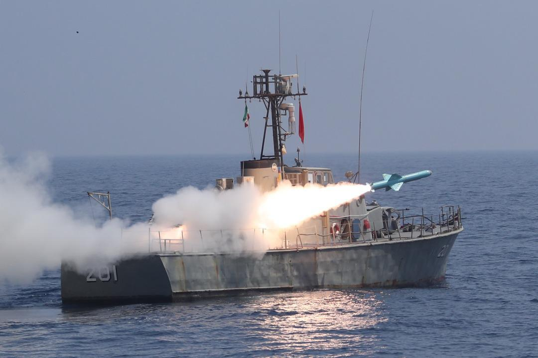 """Republic of Iran Navy naval drill """"Force-99"""" at Sea of Oman on January 14, 2021 [IRANIAN ARMY/Anadolu Agency]"""