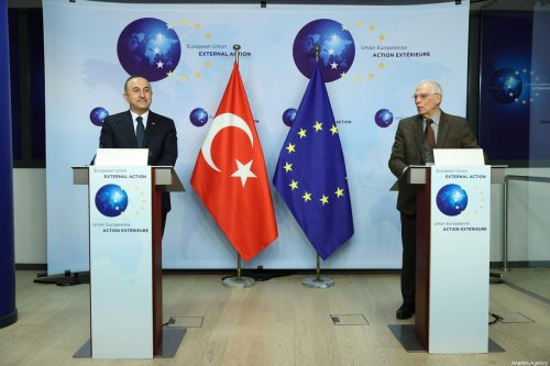Foreign Minister of Turkey Mevlut Cavusoglu (L) and High Representative of the European Union for Foreign Affairs and Security Policy, Josep Borrell (R) hold a joint press conference ahead of their meeting in Brussels, Belgium on January 21, 2021 [Dursun Aydemir/Anadolu Agency]