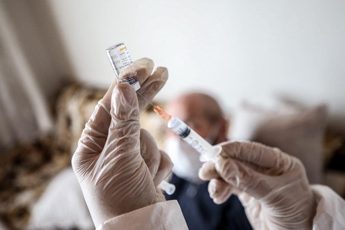 COVID-19 vaccine in Bursa, Turkey on 18 February 2021 [Sergen Sezgin/Anadolu Agency]