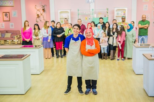 "Samira Ghannoum on the set of ""Bake Off Brazil"" [Middle East Monitor]"