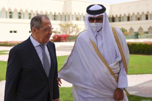 Russian Foreign Minister Sergey Lavrov (L) is welcomed by Qatari Sheikh Tamim bin Hamad al-Thani (R) in Doha, Qatar on 11 March 2021. [ Russian Foreign Ministry - Anadolu Agency]