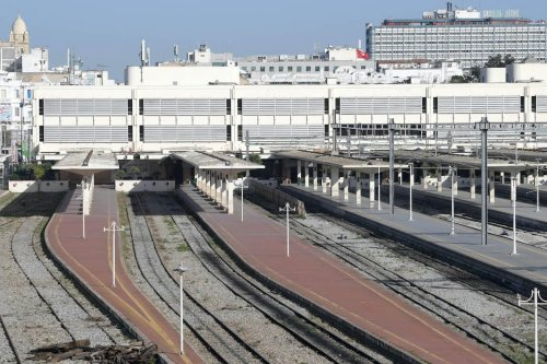 A railway station in the Tunisian capital is seen empty on 17 January 2019. [FETHI BELAID/AFP via Getty Images]
