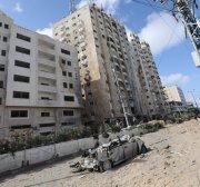Israel targets residential buildings, leaving Gazans homeless