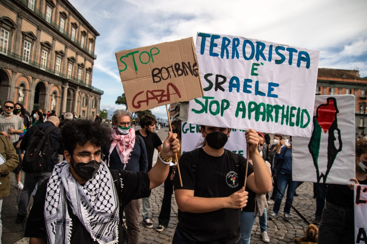 NAPLES, ITALY - MAY 15: People participate in a demonstration of solidarity with the Palestinian people on May 15, 2021 in Naples, Italy. Increased tensions in Jerusalem have resulted in cross-border airstrikes between Israel and militants in Gaza, killing at least 119 Palestinians and 8 Israelis. (Photo by Ivan Romano/Getty Images)