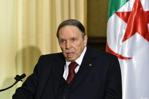 Algerian President Abdelaziz Bouteflika meets with the French prime minister at his residence during an official visit on April 10, 2016 in Zeralda, a suburb of the capital Algiers. / AFP / Eric FEFERBERG (Photo credit should read ERIC FEFERBERG/AFP via Getty Images)