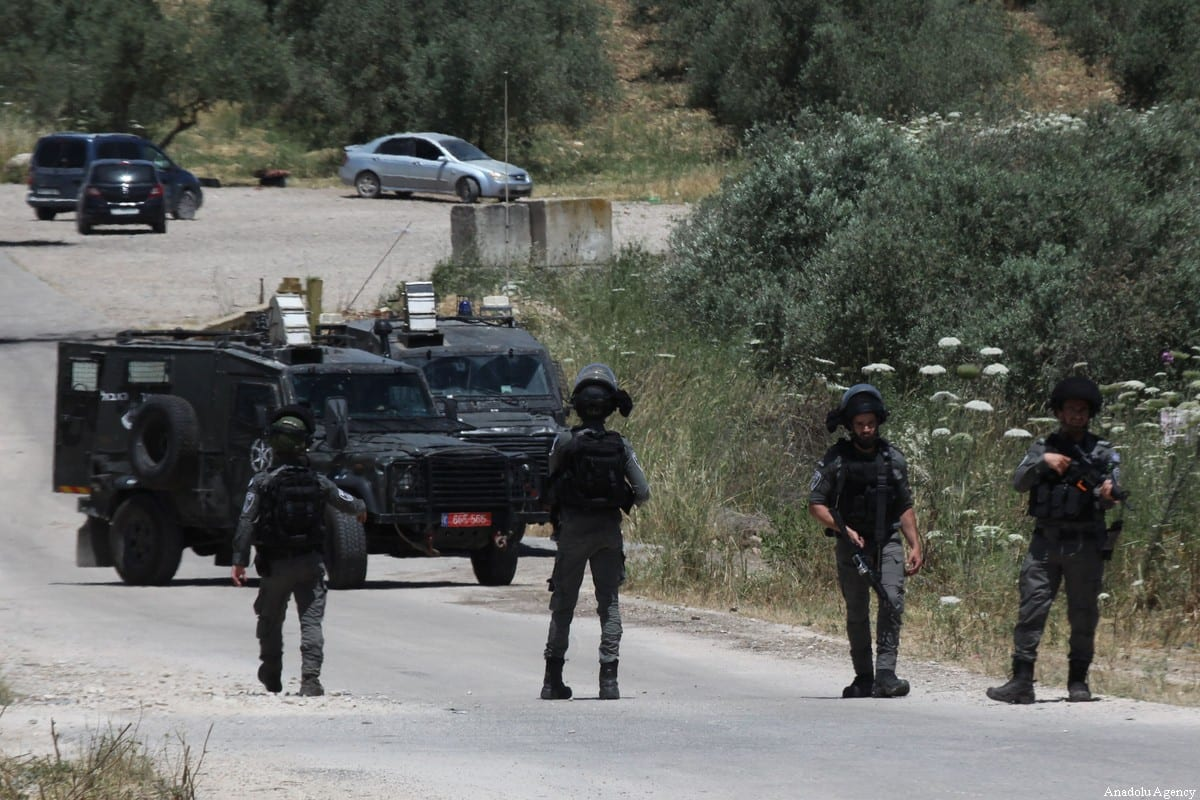 Israeli forces in the West Bank, on May 7, 2021. [Nedal Eshtayah - Anadolu Agency]