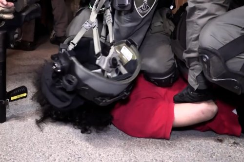 Thumbnail - Israel soldiers suffocate, arrest peaceful Palestinian protesters