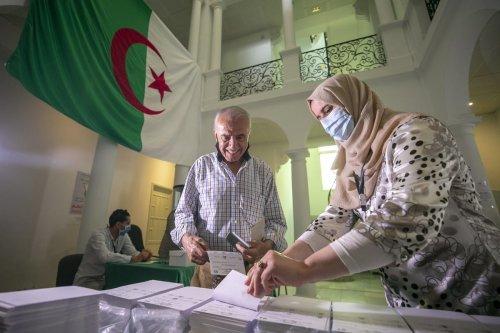 Algerians cast their votes on June 12 2021 [Yassine Gaidi/Anadolu Agency]