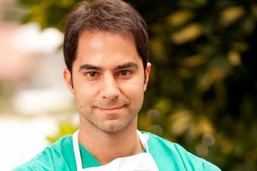 Victor Sorrentino Brazilian doctor and social media influencer [@a__esquerda/Twitter]