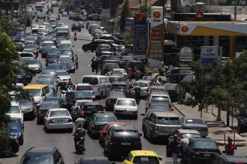 Traffic jam of vehicles queued up to refuel from a petrol station on July 02, 2021 in Beirut, Lebanon. [Marwan Tahtah/Getty Images]